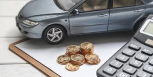 ¿Fraccionar el pago del seguro del coche?