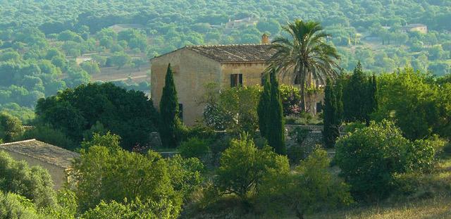 Turismo de interior y por qué contar con un seguro para tu casa rural en Castellón.