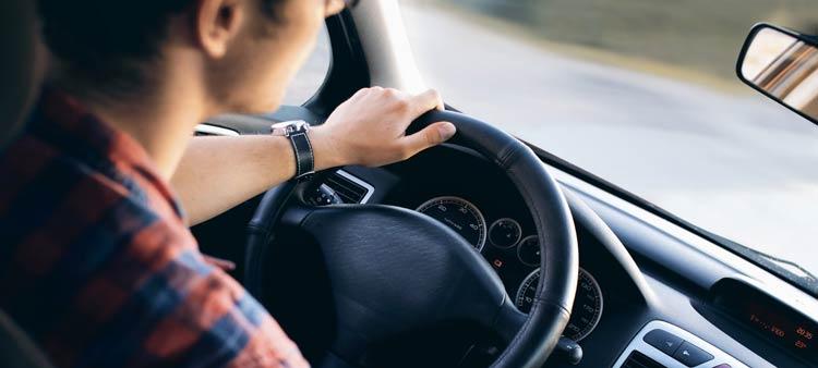 El mejor seguro de coche en Castellón para conductor novel.